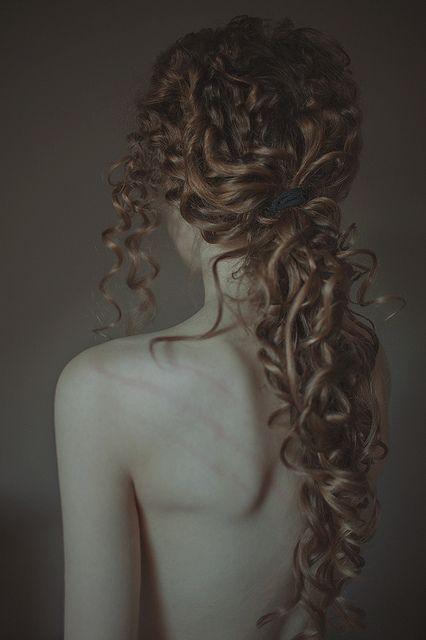 Hair curly