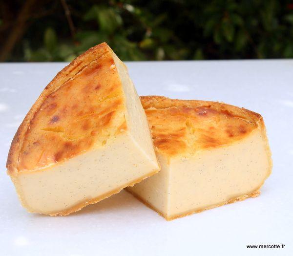 Le véritable flan parisien de Jacques Genin : 20cl crème, 80cl lait entier, 100g maïzena, 100g jaunes œufs, 180g sucre, 2g vanille - cuire 40-50mn à 175*C