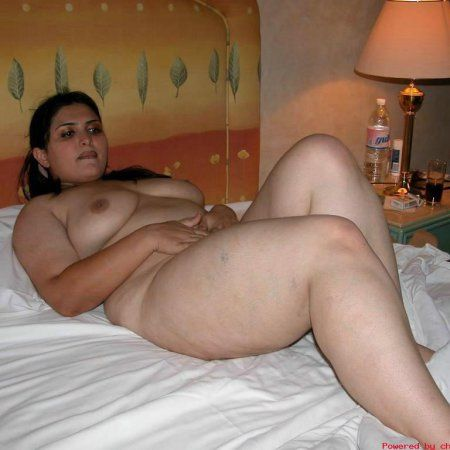 nude abby from back at the barnyard