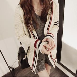 Buy 'NIPONJJUYA – Color-Block V-Neck Cable-Knit Cardigan ' with Free International Shipping at YesStyle.com. Browse and shop for thousands of Asian fashion items from South Korea and more!