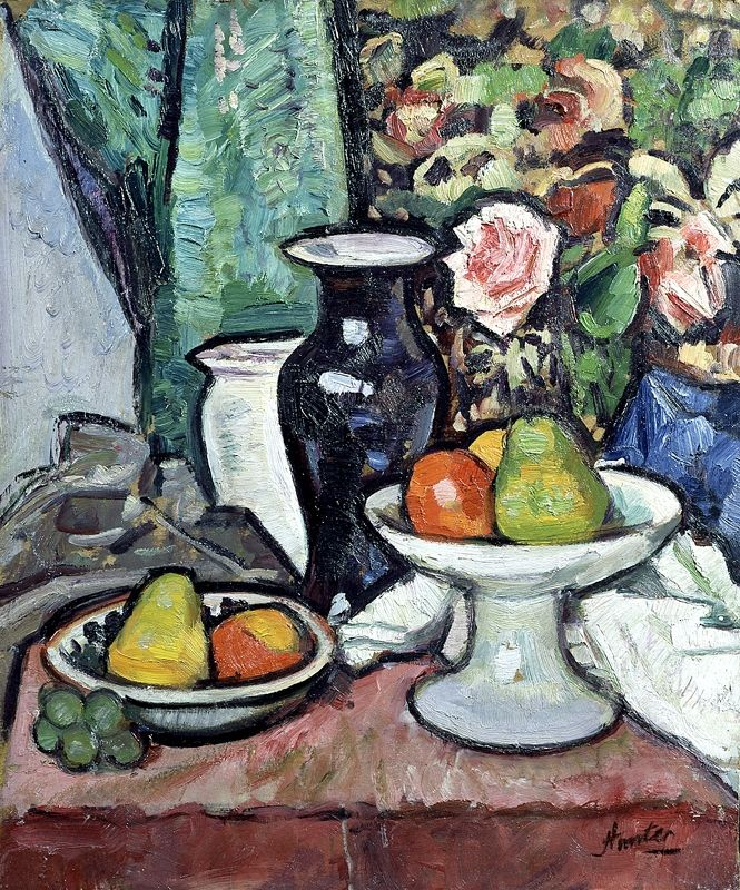 George Leslie Hunter | Still Life before a Patterned Background