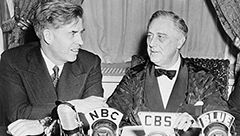 Undoing the New Deal: The 1944 Coup Against VP Henry Wallace (pt1)  Historian Peter Kuznick and Paul Jay discuss the historical context of the fight between the Sanders' progressive wing against the oligarchy within the Democratic Party; the overthrow of Vice President Wallace by an alliance of party bosses and Southern racists was a turning point in the decades-long process to roll back the New Deal
