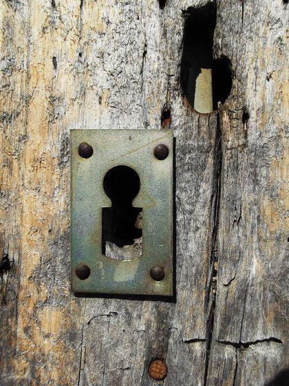 M s de 25 ideas incre bles sobre puertas viejas en - Muebles epoca salamanca ...