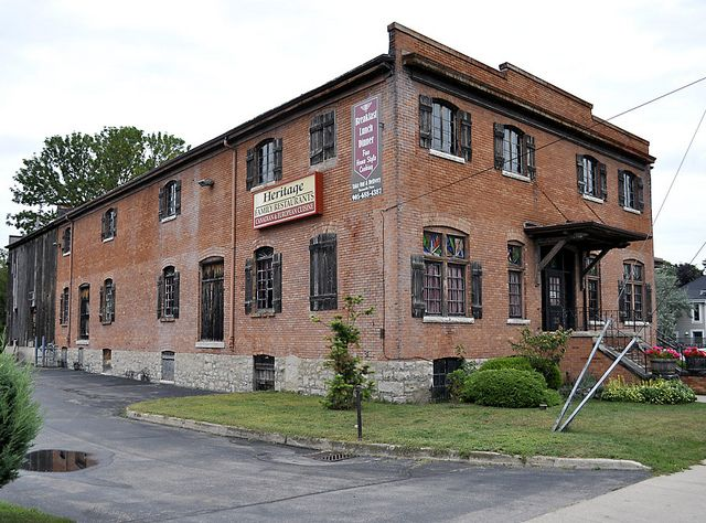 Heritage Restaurant, St Catharines, Ontario by Uncle Lynx, via Flickr