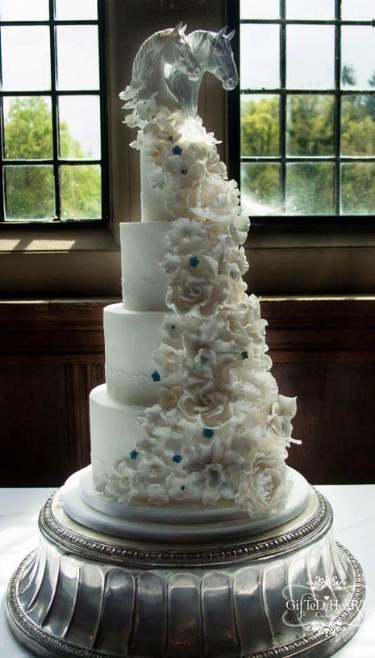 Luxury Wedding Cakes Hampshire, Bespoke, Unique, amazing | Wedding Cake for Horse Lovers - Rhinefield House Hotel New Forest