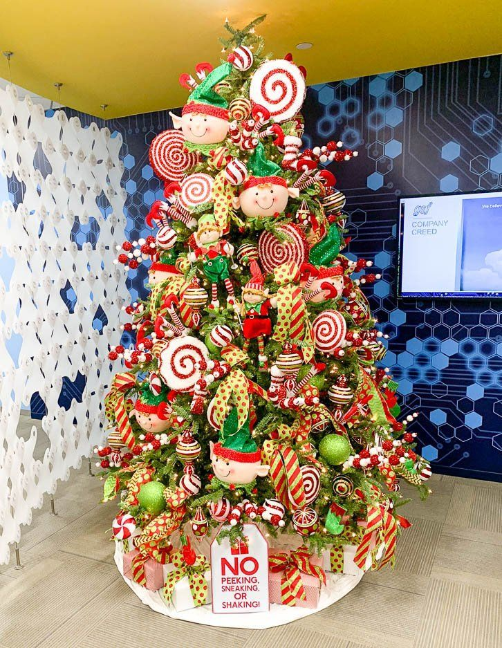 Elf Themed Christmas Tree in 2020 | Whimsical christmas ...
