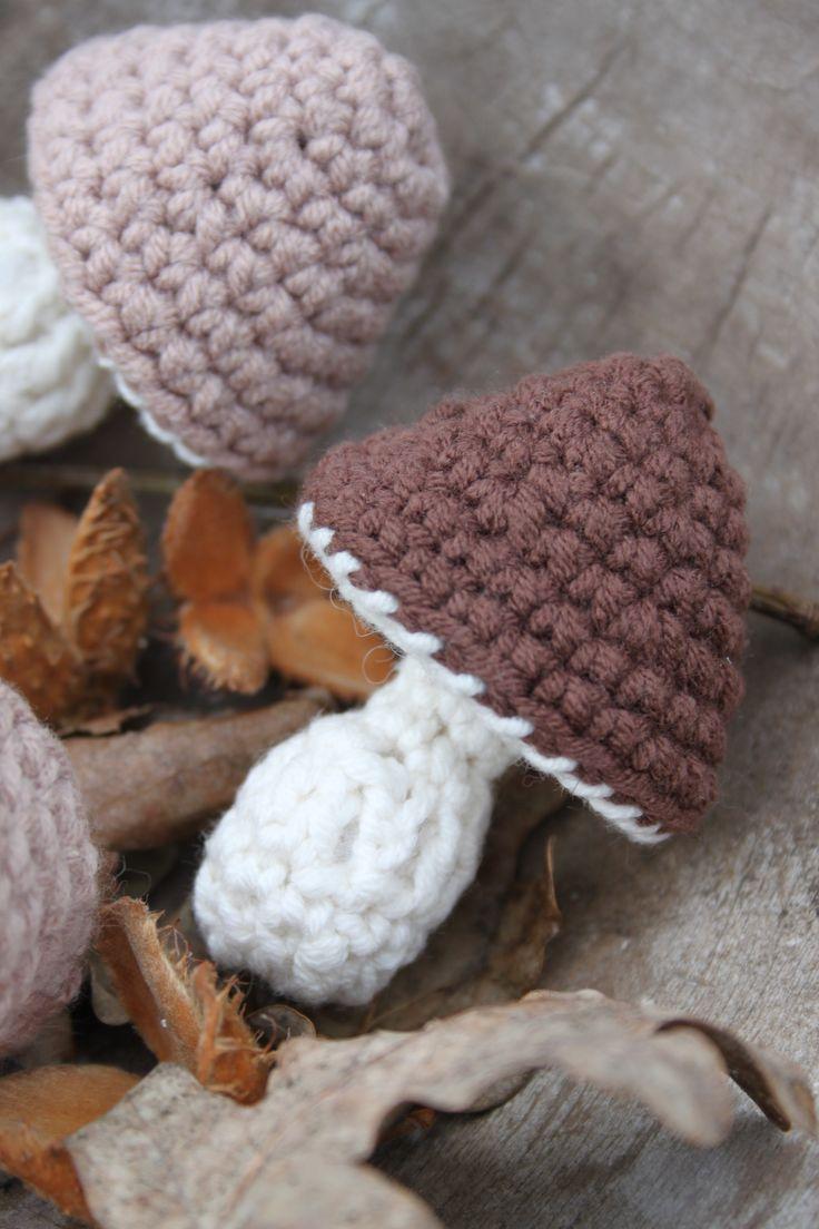 Leuk klein paddenstoeltje,lhaakpatroon van Inhaken, herfst, bruin tinten, Scheepjeswol softfun