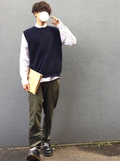 白シャツ×ニットベスト👕 tops M pants L Instagram⇨yuukiytyt