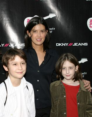 Phoebe cates and kevin kline have a daughter greta kline for What does phoebe cates look like now