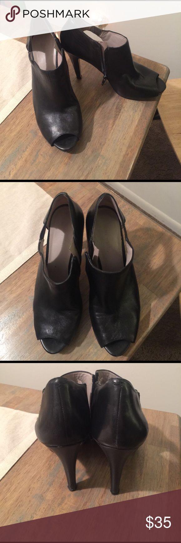Nine West Heels Nine West Heels! Perfect for a fun night on the town or with some skinny jeans! Nine West Shoes Heels