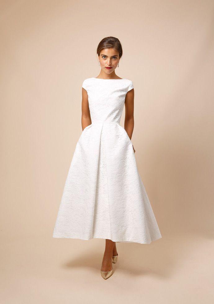 """Créer votre robe de mariée en ligne von """"Les Mer…"""