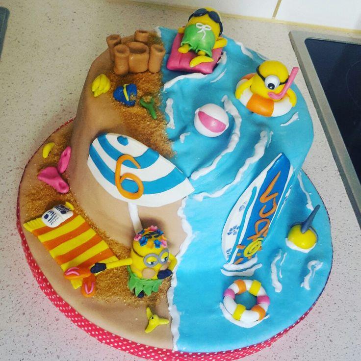 Minions' Cake