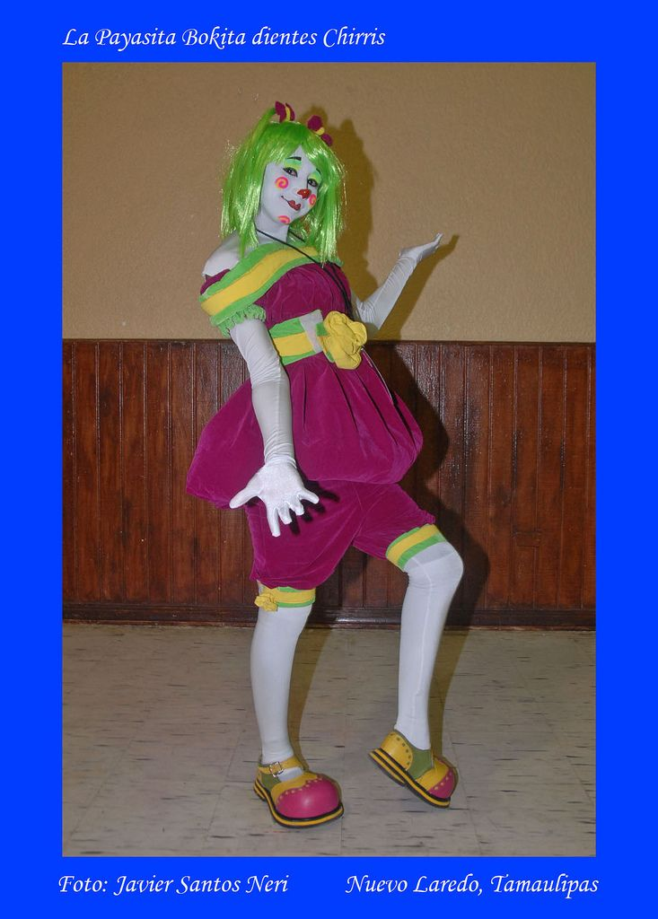 https://flic.kr/p/4UGgpq | Bokita Dientes Chirris | XII Convencion Internacional de Payasos en el Centro Civico de Nuevo Laredo. La Payasita Bokita dientes Chirris de Monterrey, N.L.