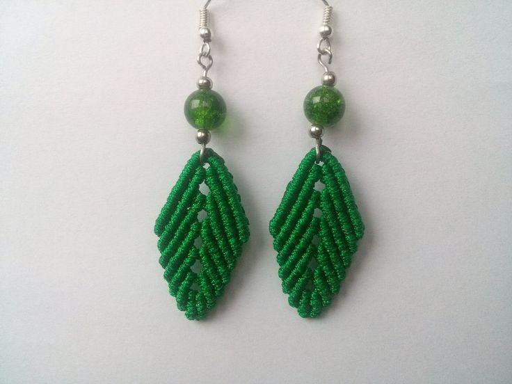 Macrame leaf earings