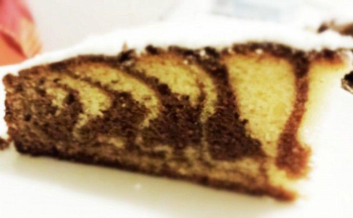 Torta zebrata cioccolato, vaniglia e fiori d'arancio