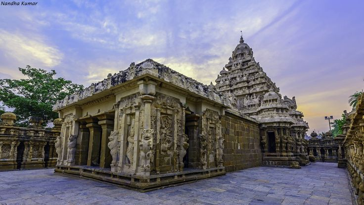 """https://flic.kr/p/q8Emoj   Kailashanathar Temple, Kanchipuram   The kanchi Kailasanathar temple is located in Tamil Nadu, India, it is a Hindu temple in the Dravidian architectural style. The temple was built from 685-705 AD by a Rajasimha ruler of the Pallava Dynasty. The low-slung sandstone compound contains a large number of carvings. The Kailasanathar Temple (meaning:""""Lord of the Cosmic Mountain"""").  The temple has gone by other names such as Kachipettu Periya Thirukatrali (meaning: Stone…"""