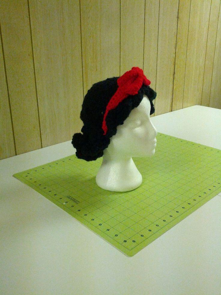 snow white hair/hat