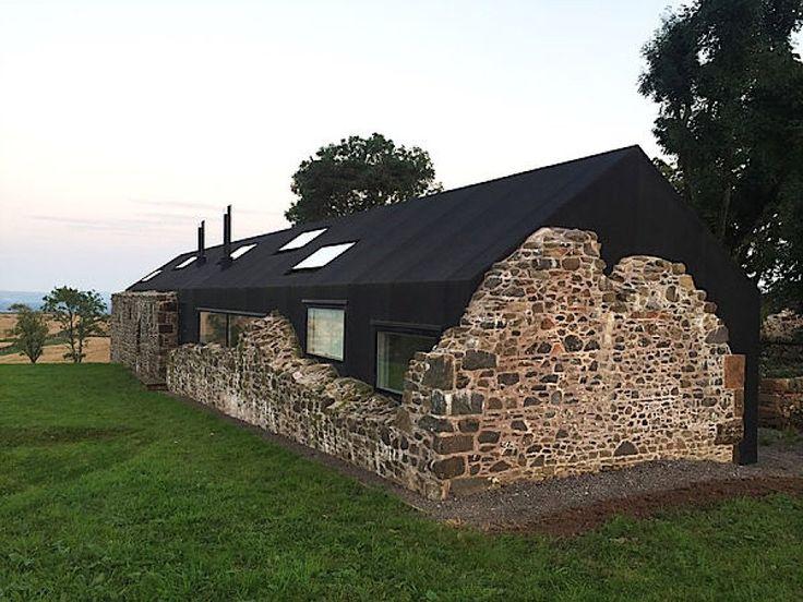 Ein modernes Haus in Schottland nutzt die Ruinen s…