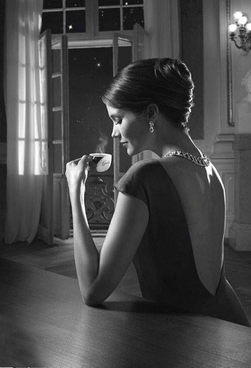 """La vera essenza è il profumo che lasci, nelle persone, quando esse ti hanno respirata """"dentro"""".  _L.Andreoni"""