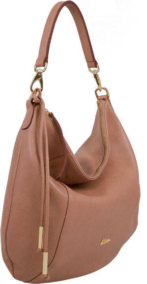 <p>Τσάντα μεγάλου μεγέθους σε δέρμα Romance.</p>