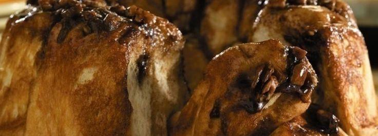 Cinnamon Pecan Monkey Bread Recipe I Love Food Monkey