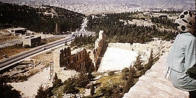 Η Αθήνα των 60s: Φωτο-βόλτα σε άλλες εποχές Ακρόπολη 1962