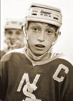 Wayne Gretzky turns 55 today. At 11, he scored 378 goals in 85 games for the Brantford Nadrofsky Steelers. #NHL #Hockey
