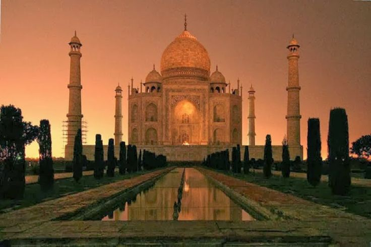 Taj Mehal in Night #india #love