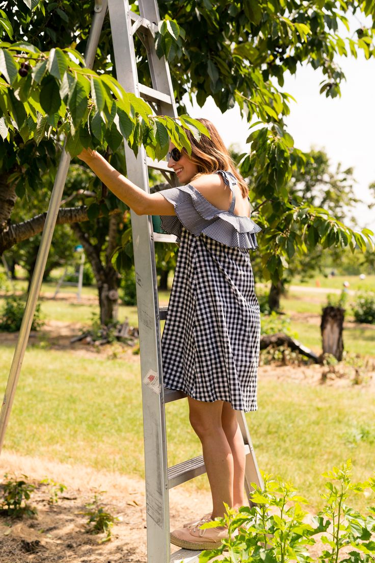 SheIn Self Tie Shoulder Layered Frill Mixed Gingham Dress | the best summer dress | fun things to do in Detroit with your kids and family | Westview Orchards cherry picking on allweareblog.com