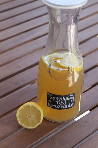 Looking for Caribou Coffee copycat recipe for Sparkling Green Tea Lemonade…