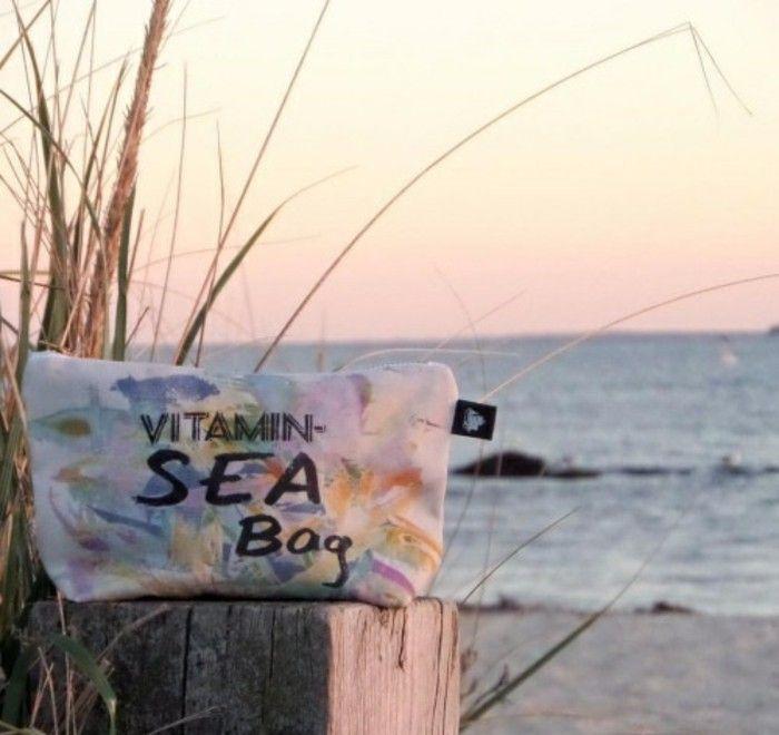 Un sac de plage roxy panier de plage en osier