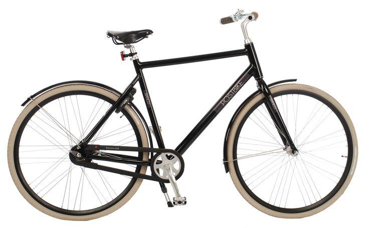 De Postbike Bianco Koerier heren is een strak gestroomlijnde aluminium stadsfiets, zonder overbodige accessoires waardoor de fiets super licht is maar wel voorzien van de Scram versnellingsnaaf met 2 versnellingen die automatisch opschakelt. Eenvoud is haar kracht en dit alles afgewerkt met top producten!