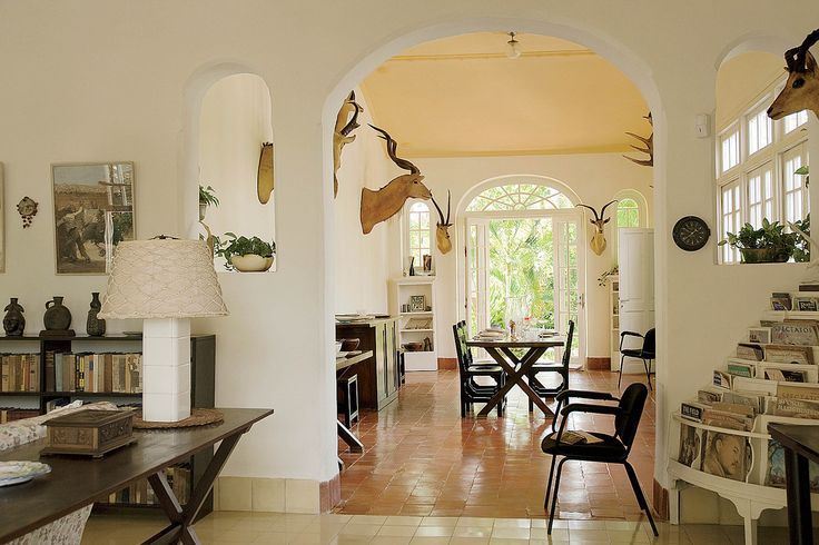 the writer 39 s rooms pinterest. Black Bedroom Furniture Sets. Home Design Ideas