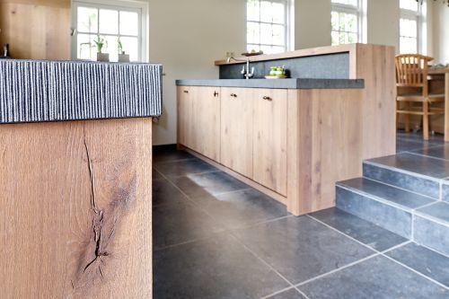 Verhoging keuken pinterest met modern and interieur - Restyle houten trap ...
