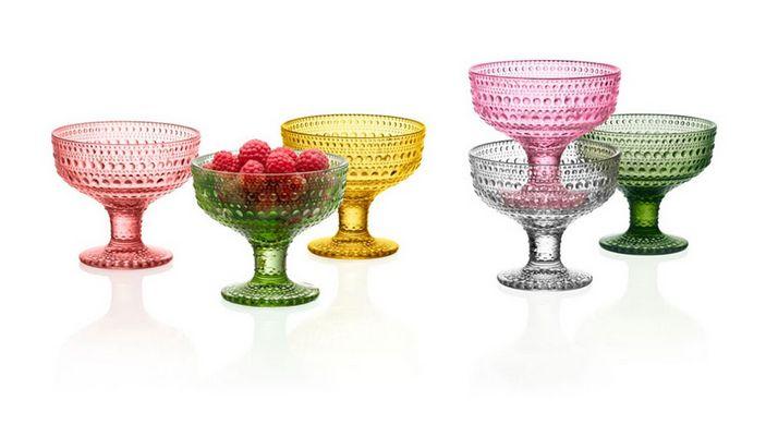 Kastehelmi bowls by Oiva Toikka for Iittala