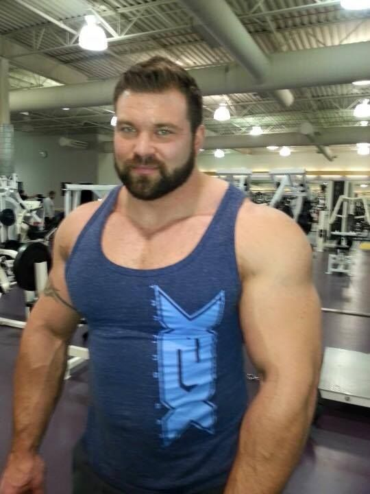 Muscle gay men fuck