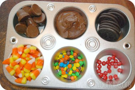 """I love putting all my supplies in muffin tins. It makes for easy grabbing and you can minimize how many extras are popped into the mouth!"": Cookies Turkey, Tins Turkey, Babysitting Fun, Muffin Tins, Muffins Tins, Turkey Oreo, Classroom Ideas, Holidays Thanksgiving, Oreo Cookies"