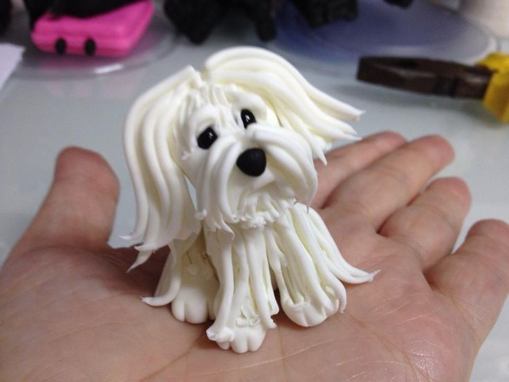 Fondant cake topper - White Dog