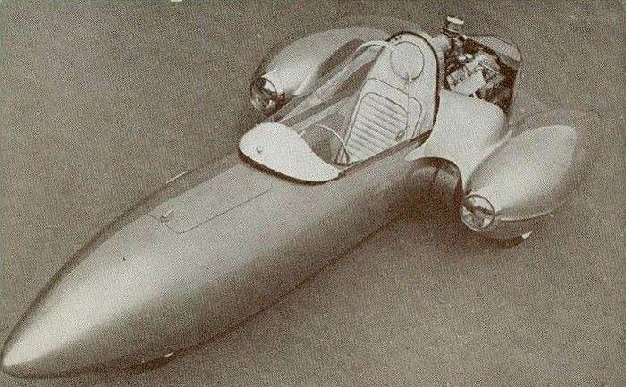 Richard Harp's Jetmobile, a tripod hot rod