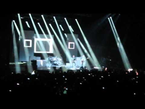 Crónica del concierto de Franz Ferdinand, el 5 de abril de 2014 en el Sant Jordi Club de Barcelona.