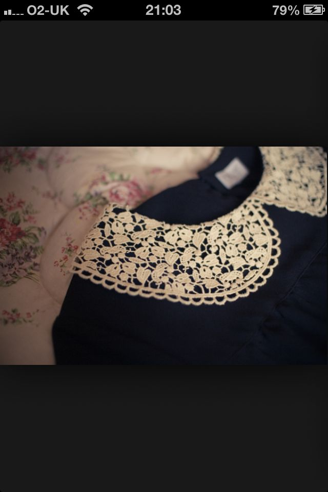 Lace collars are a beaut:)
