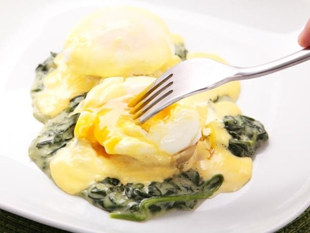 ... EGGS BENEDICT on Pinterest | Sauces, Smoked salmon and Poached eggs
