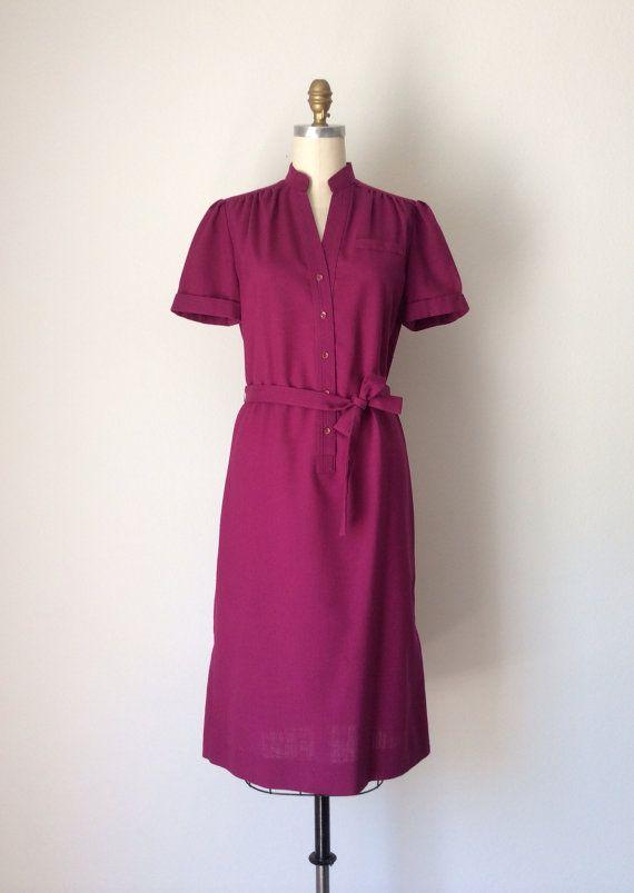 Plum Purple shift dress // Vintage 70s Cotton Twill Eggplant dress // Size 8 Magenta dress on Etsy, $50.00