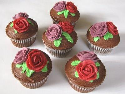 Google Afbeeldingen resultaat voor http://cupcake.clubs.nl/afbeeldingen/album/8613794/Classic%2BRose%2BWedding%2BSample%2BCupcakes.jpg