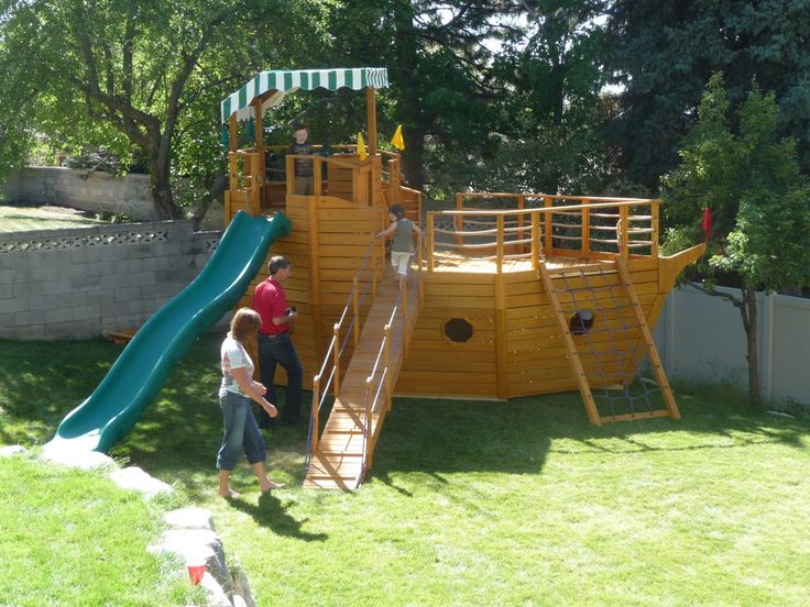 Ideas, Amusing Kids Backyard Playhouse Ship With Green Slider And Net Ladder