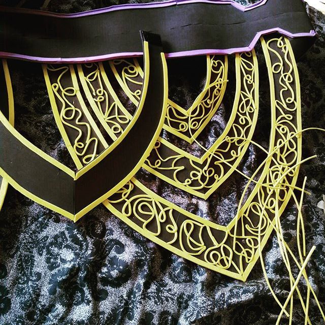 Malthael belt, I love details! #ijustgluedmyfingerstogether #thisdetailsgettingserious #femalemalthael #cosplay #foam #wip
