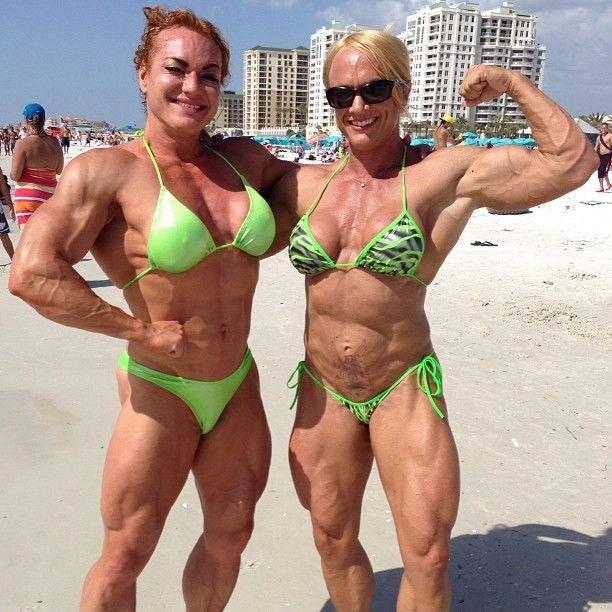Helle Nielsen (L) / Shawna Pierce (R) | Female BodyBuilding