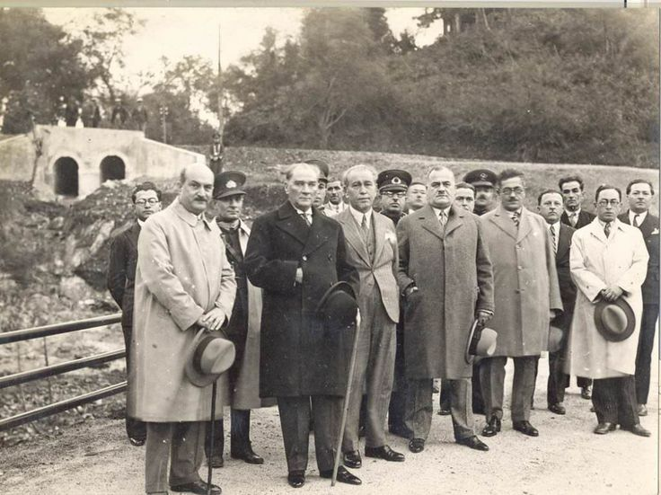 1932...Belgrat Ormanları'nda çekilmiş fotoğraf