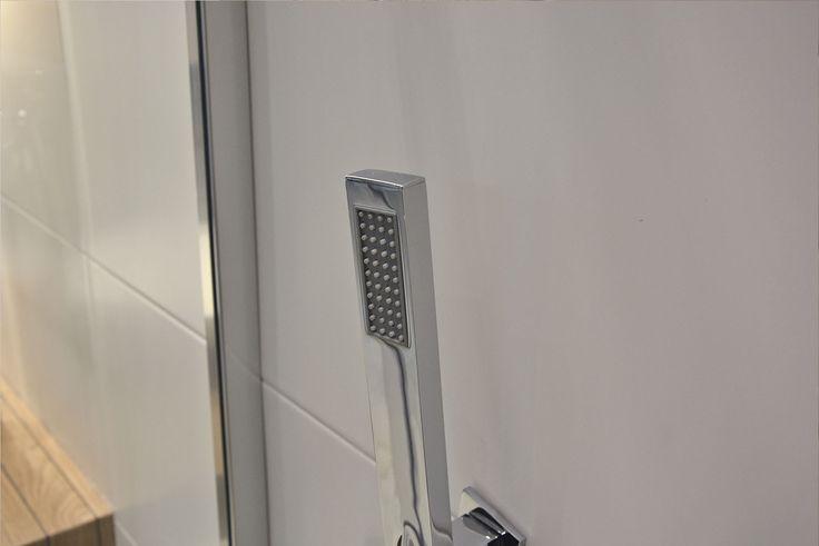 #viverto #InspiracjeViverto #łazienka #bathroom #beautiful #perfect #pomysł #design #idea #nice #cool #inspiration #nowoczesność #nowocześnie #płytki #tiles #armatura #baterie #bateria #wow #moda #trend #drewno #drewnopodobne #imitacja #wood #wooden #white #prysznic #biel