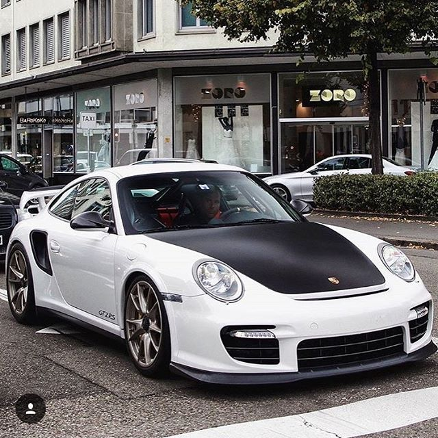 17 best ideas about porsche 911 gt2 rs on pinterest. Black Bedroom Furniture Sets. Home Design Ideas